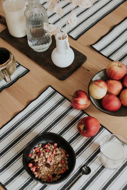 Plum Come sweater