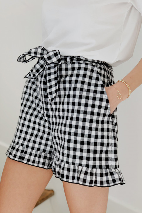 Tom short with a gingham print