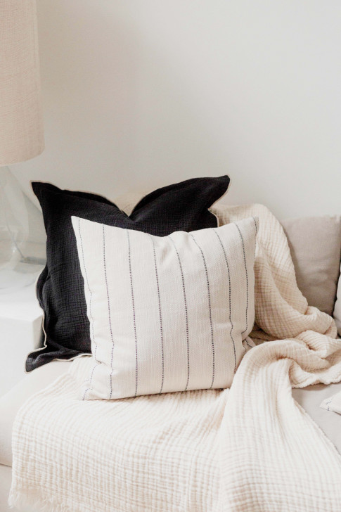 Cushion cover in black